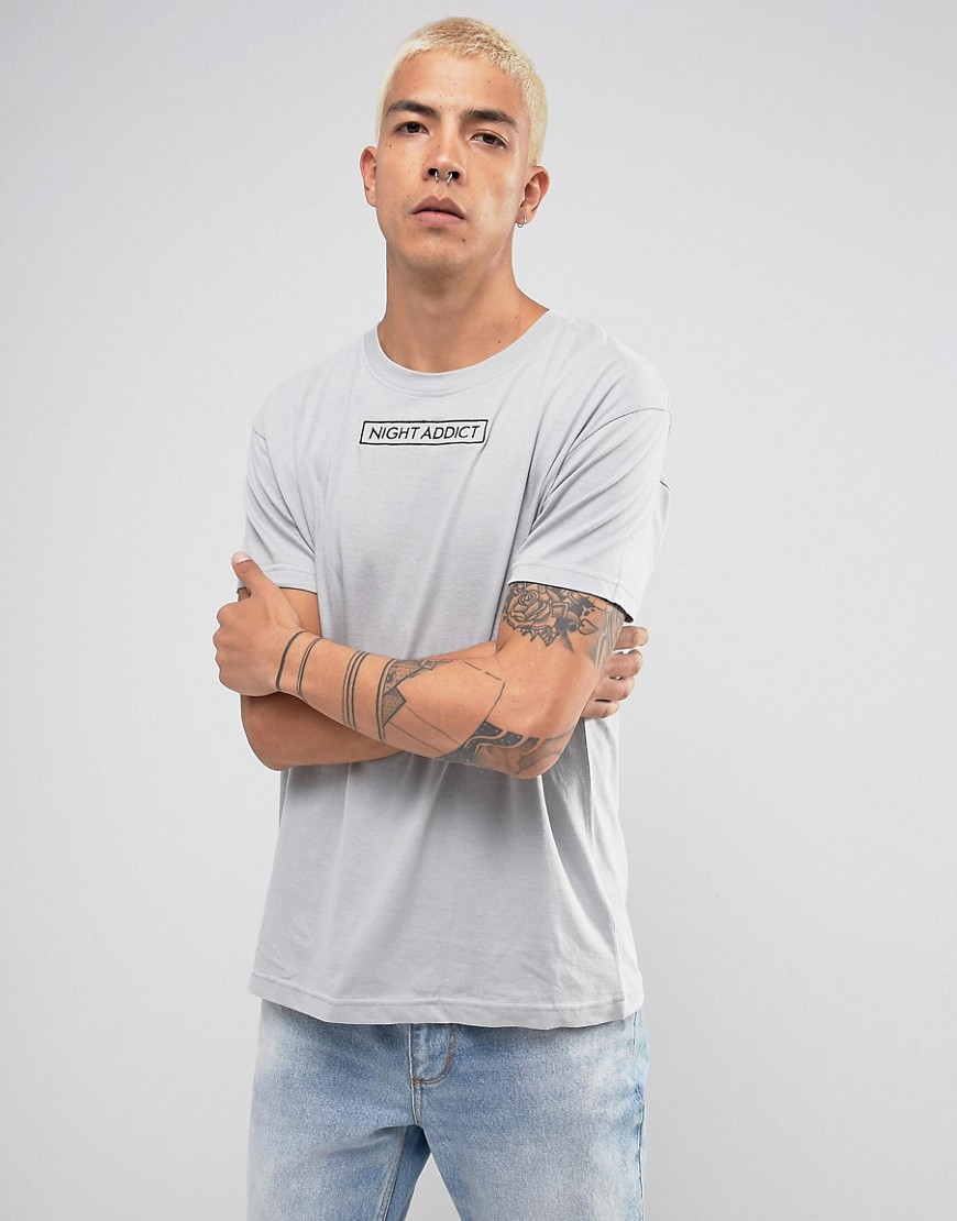Night Addict Embroidered Logo T-Shirt in Longline - Grey
