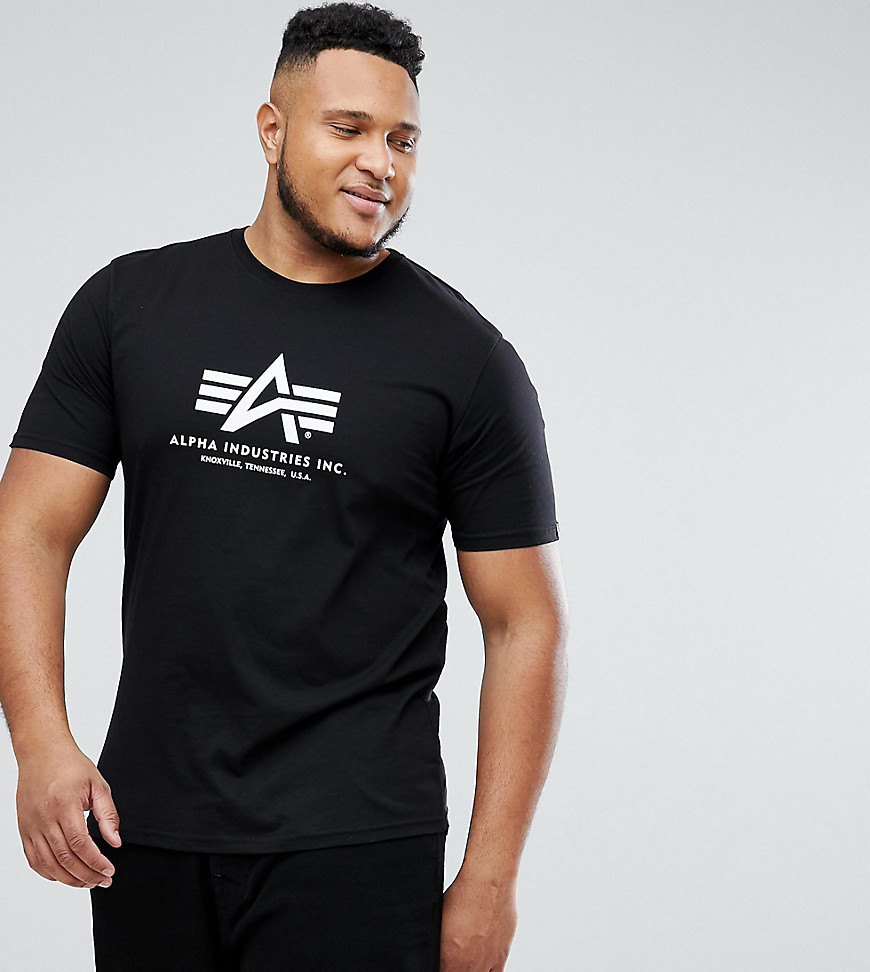 Alpha Industries PLUS Logo T-Shirt Regular Fit in Black - Black