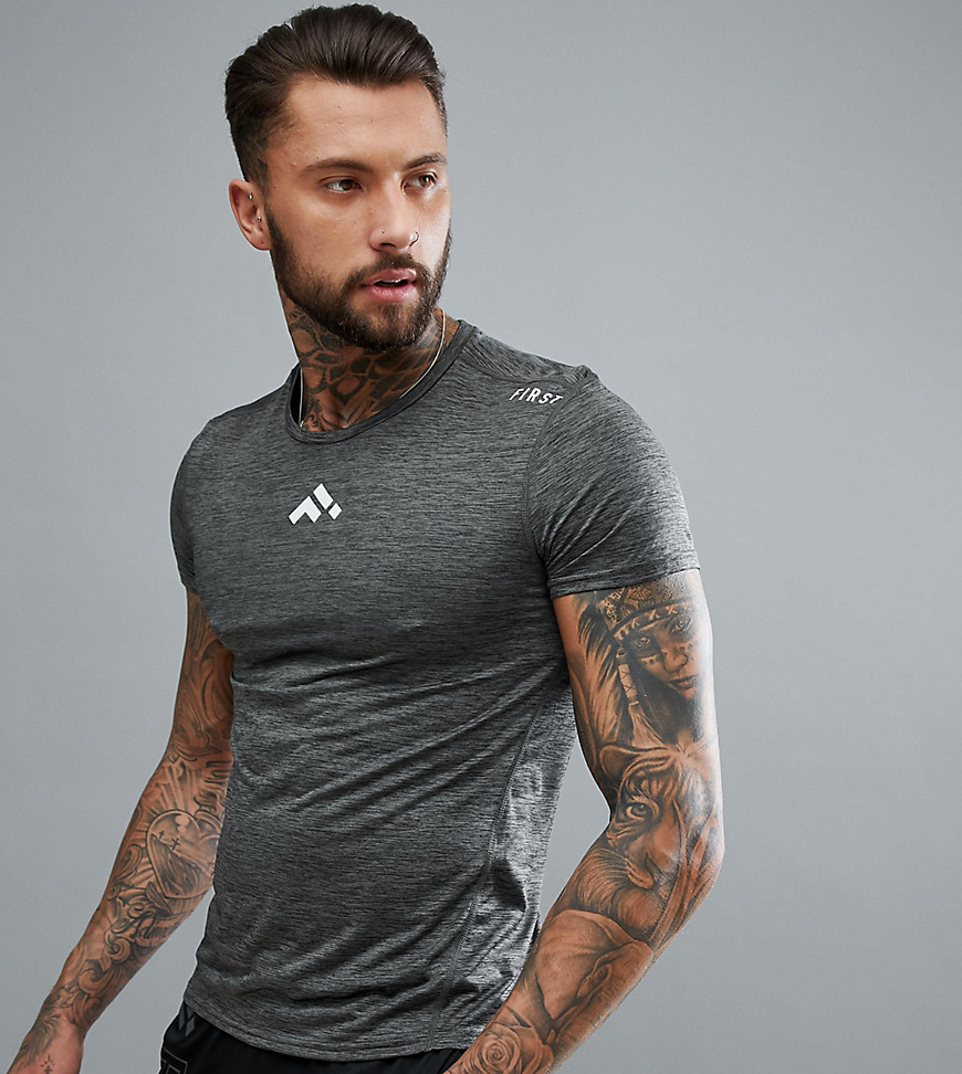 FIRST Short Sleeved Training T-Shirt In Dark Grey - Dark shadow