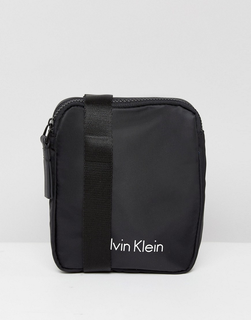 Calvin Klein Blithe Flight Bag in Black - Black