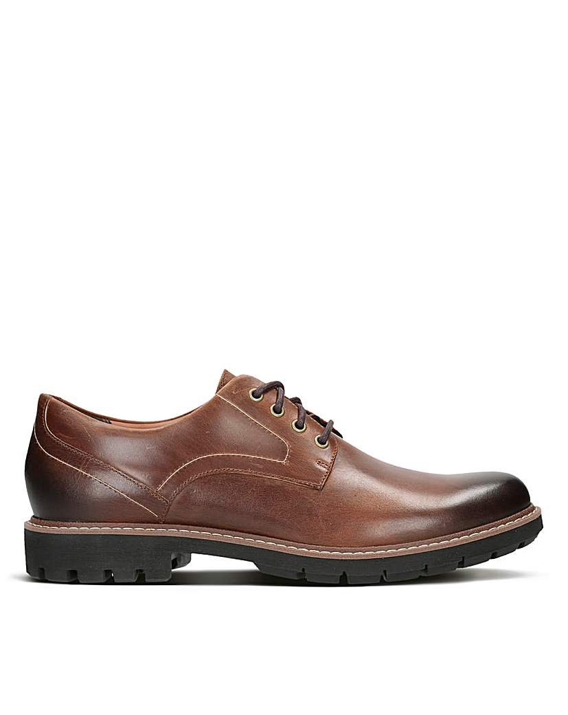 Clarks Batcombe Hall Standard Fitting